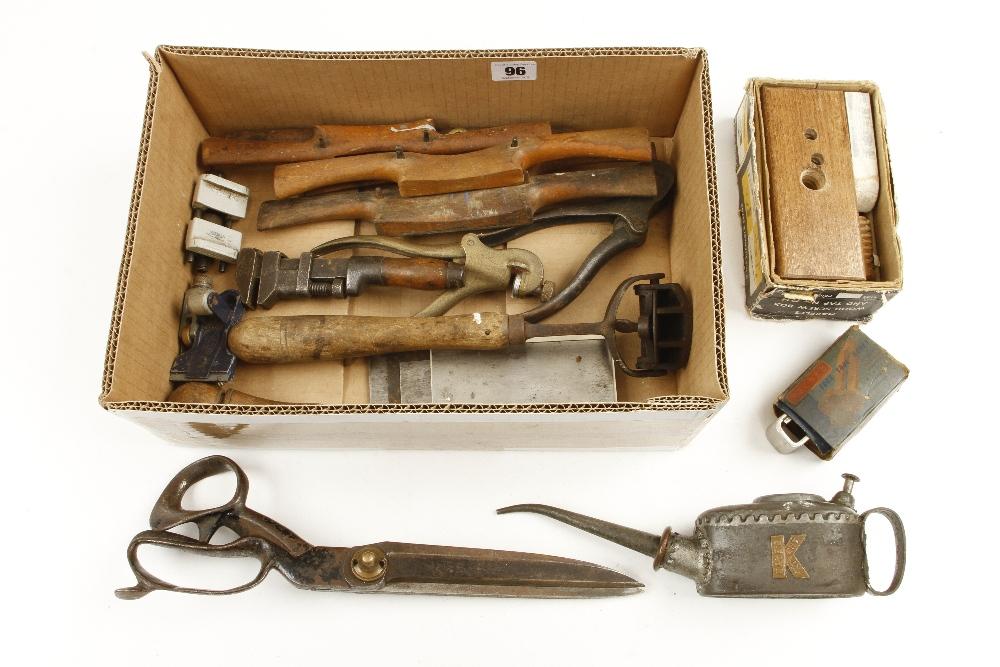 Lot 96 - A box of tools G