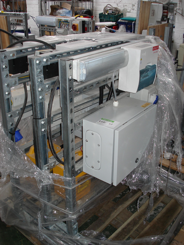 retail electrical unit 110v transformer europa fuse box x 3 lot 12 retail electrical unit 110v transformer europa fuse box x 3