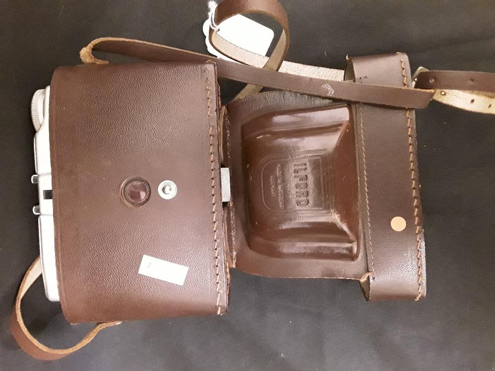 Lot 191 - An Ilford Sporti camera in leather case.