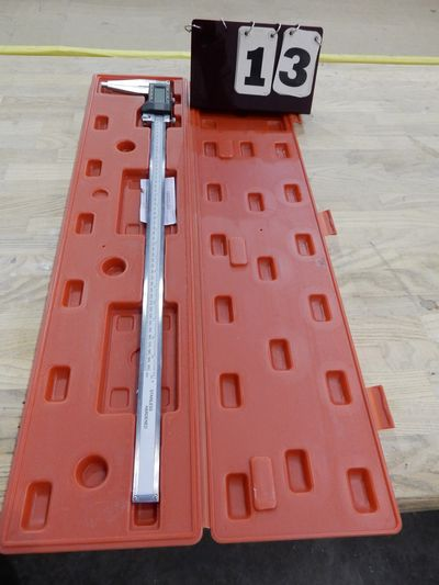 "Lot 13 - SHARES 24"" DIGITAL CALIPERS W/ CASE"