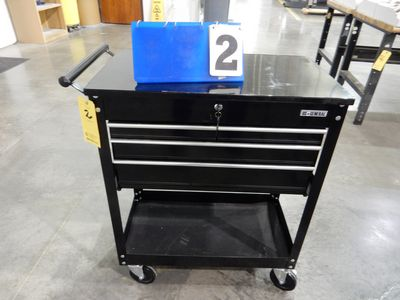 Lot 2 - US GENERAL TOOL BOX