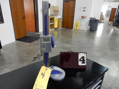 "Lot 4 - MITUTOYO 12"" ABSOLUTE DIGITAL HEIGHT GAGE"