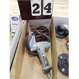 Lot 24 - 3-M PNEUMATIC BELT SANDER W/ BELTS