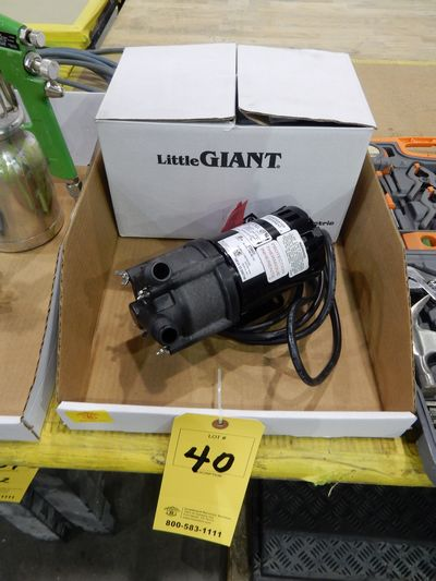 Lot 40 - LITTLE GIANT UNUSED PUMP #3MD- MT-HC