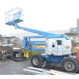 GENIE (2002) Z-45/25 LPG/GAS BOOM LIFT WITH 500 LBS CAPACITY, 45' MAX VERTICAL REACH, 4X4, LEVELLING
