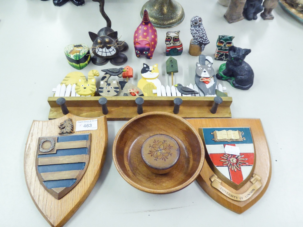 Lot 463 - PAINTED WOOD MURAL HOOKS DECORATED TOP WITH A ROW OF CATS AND A FENCE, 6 VARIOUS CAT ORNAMENTS AND