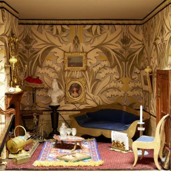 A six room painted wood dolls house, late 19th/early 20th century, the roof with two sections of - Image 3 of 4
