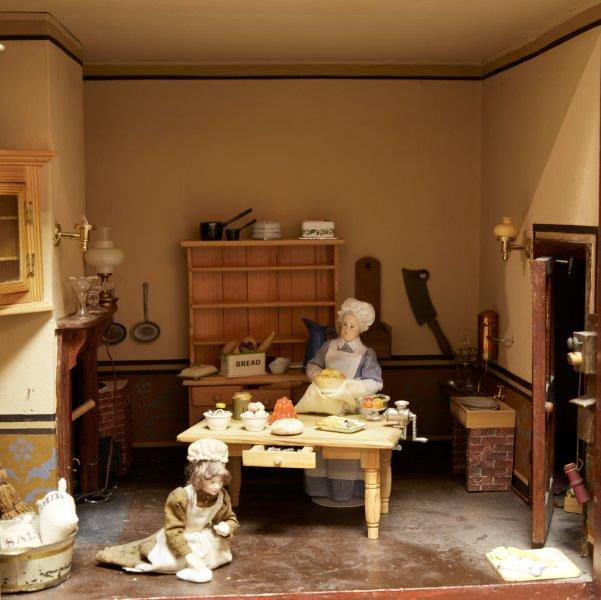 A six room painted wood dolls house, late 19th/early 20th century, the roof with two sections of - Image 4 of 4