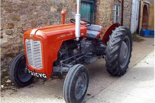 1963 MASSEY FERGUSON 35X 3cylinder diesel TRACTOR Reg No