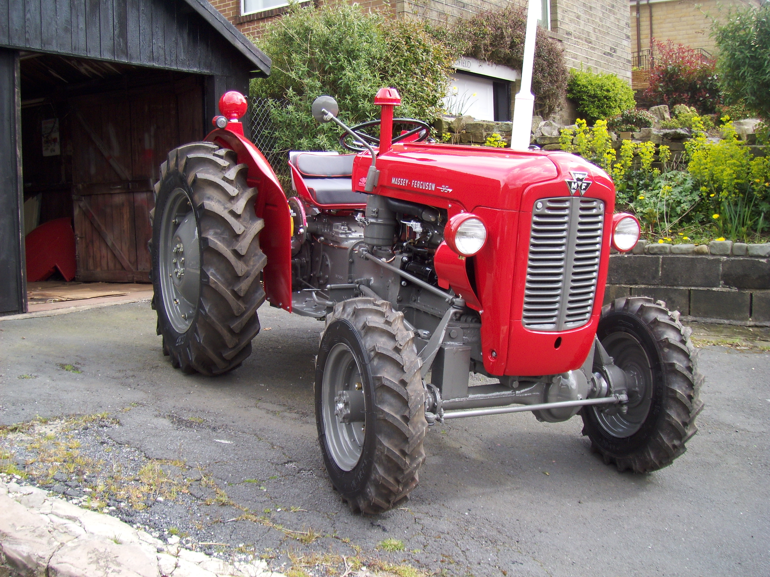 1961 massey ferguson 35 4wd 3cylinder diesel tractor reg. Black Bedroom Furniture Sets. Home Design Ideas