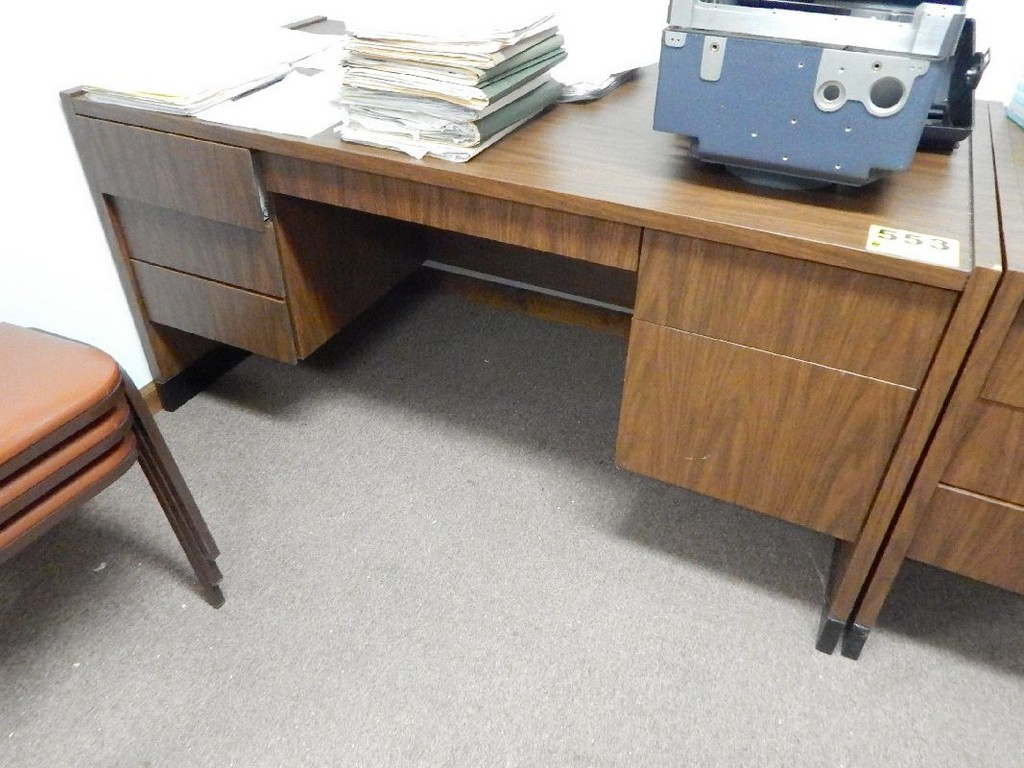 Marvelous photograph of Lot 553 WOOD DESK 60 X 30 X 30  with #905A3B color and 1024x768 pixels