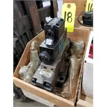 Bosch hydraulic valve model 081WV25P1V326PTKE115/60D51/55 and 9810231270. Appears new old stock.