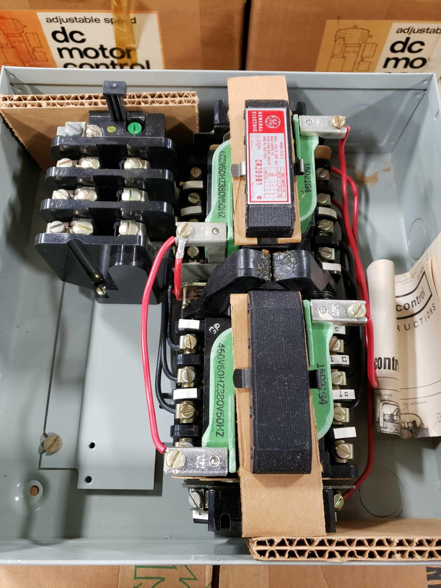 GE magnetic controller reversing contractor CR209B104 Nema size O, nema 1 enclosure. New in box. - Image 3 of 4