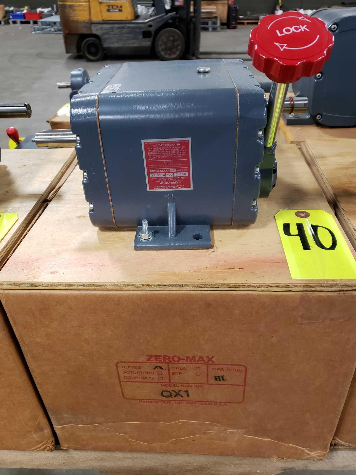 Zero-max drive power block model QX1 CCW output rotation, 100lb torque, 0-400 speed range. New.