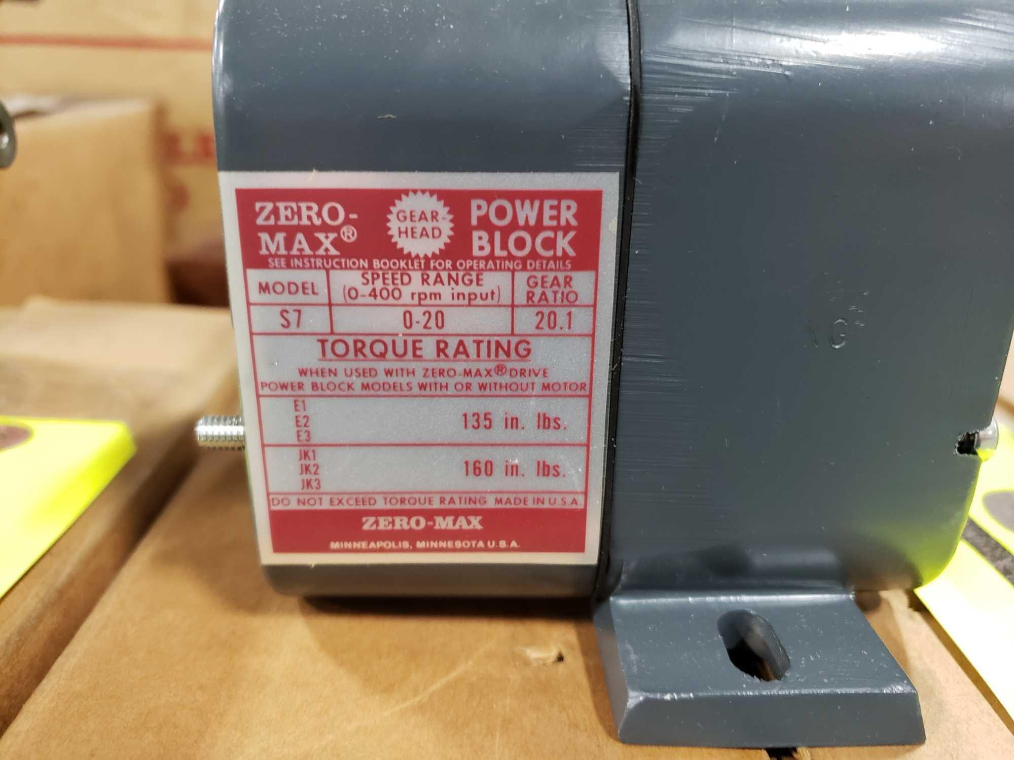 Zero-max gearhead power block model S7, 0-20 output rotation, 12lb torque, 20:1 range. New in box. - Image 2 of 3