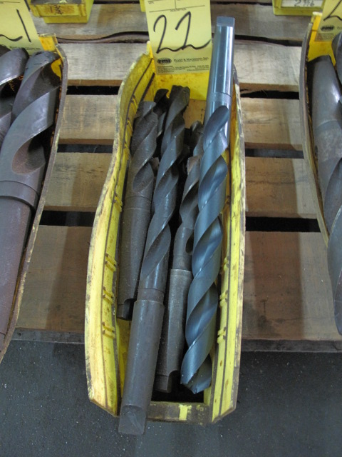 Lot 22 - LOT OF TAPER SHANK DRILL BITS