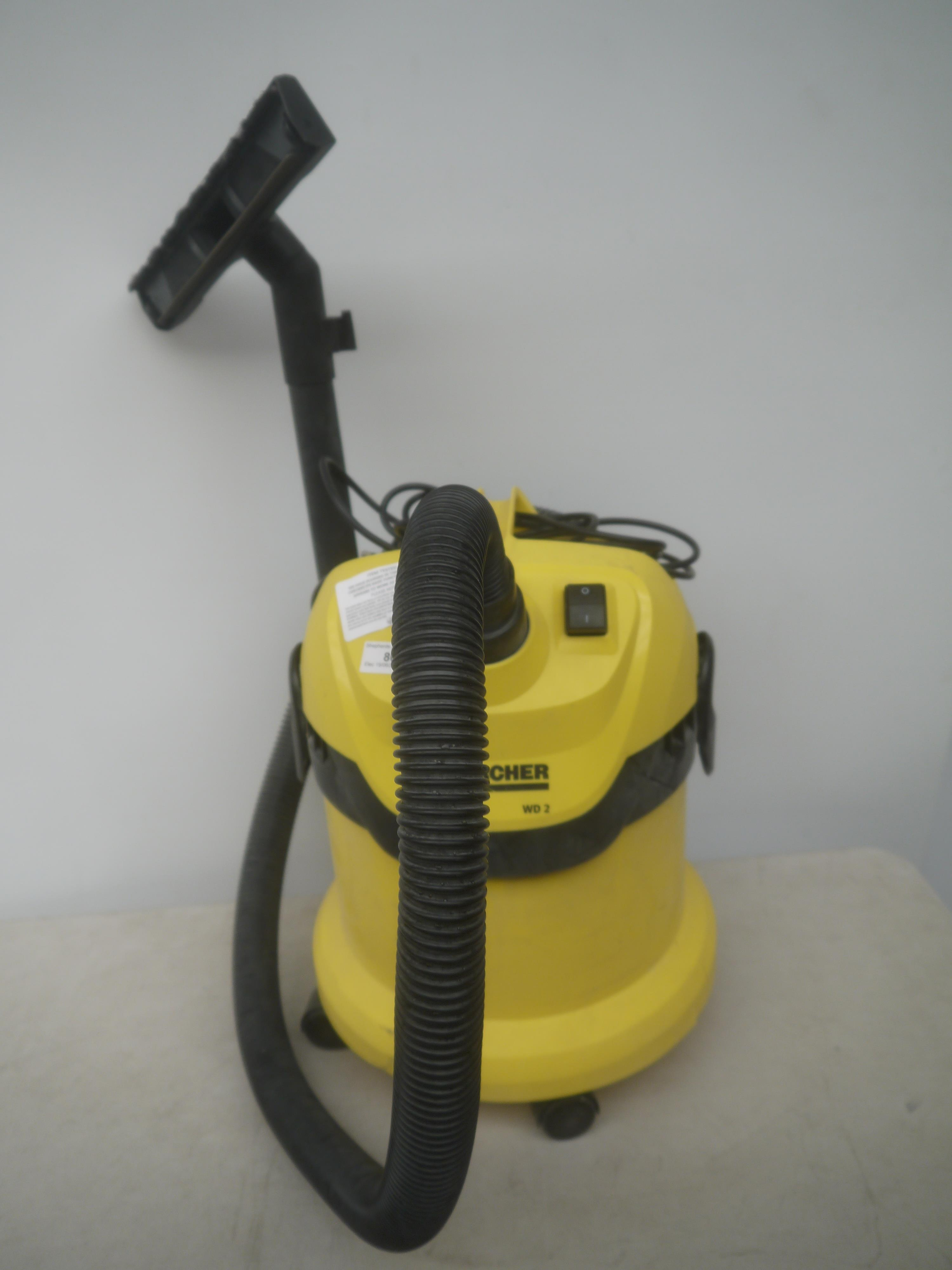 karcher wd2 work shop vacuum cleaner yellow colour. Black Bedroom Furniture Sets. Home Design Ideas