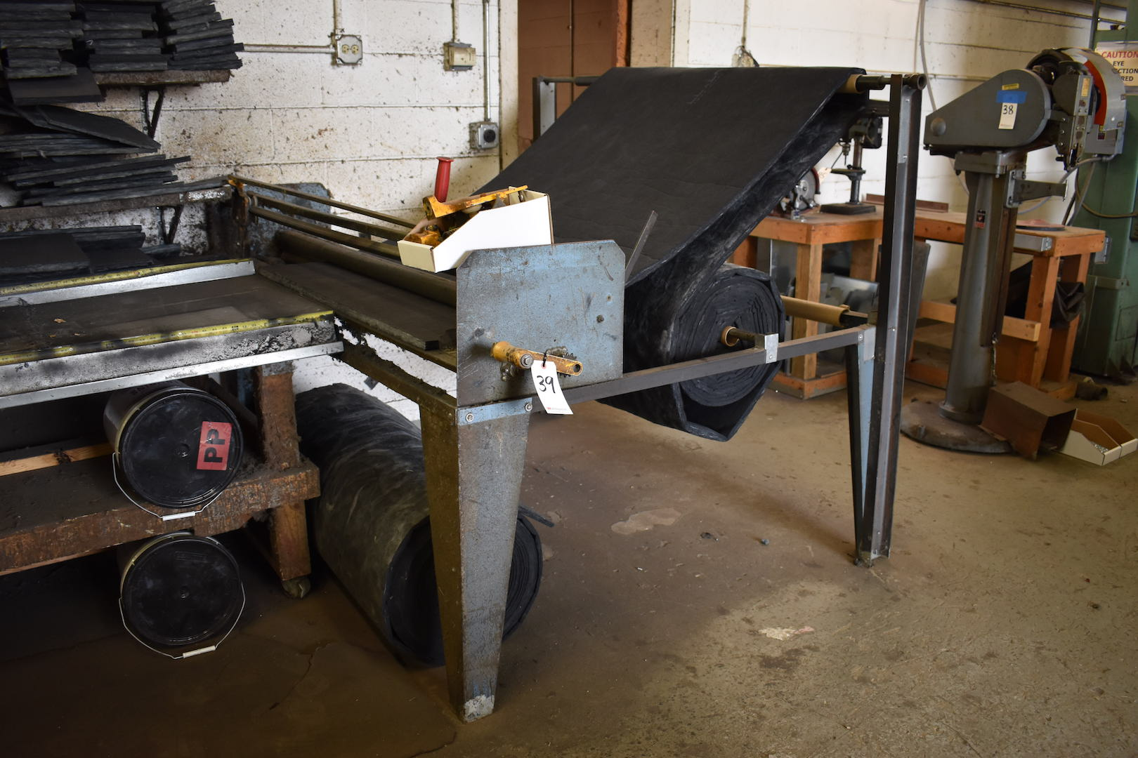 """Lot 39 - Lot: 60"""" Insulation Slitter with Insulation Material & Adhesive Drum with Spray Gun"""