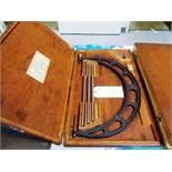 Starrett No.224 16''-20'' OD Micrometer with Standards