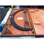 Starrett No.724 30'' - 36'' OD Micrometer with Standards