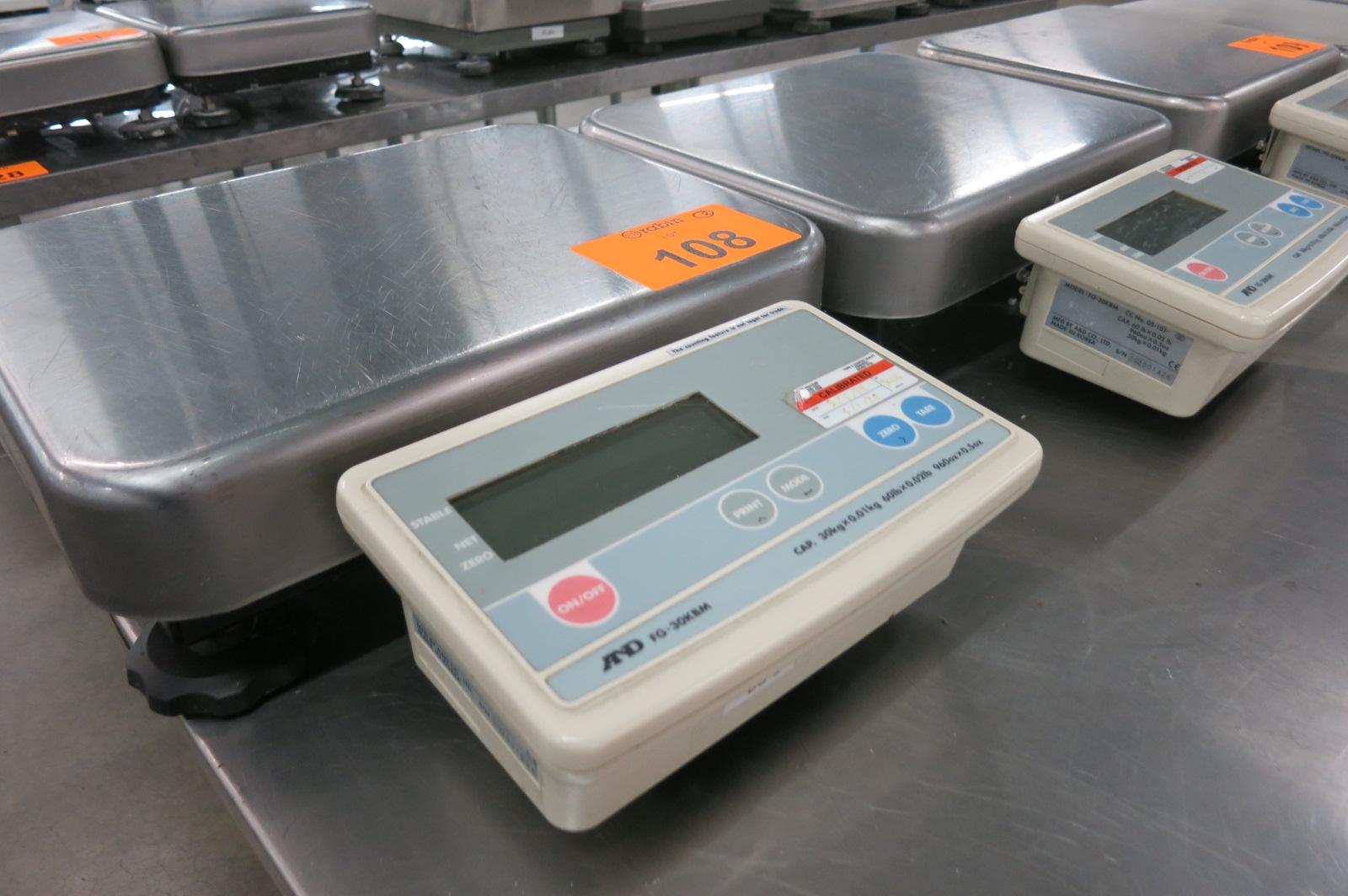 Lot 108 - Platform Scales