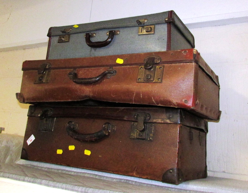 Lot 50 - THREE VINTAGE TRAVEL CASES