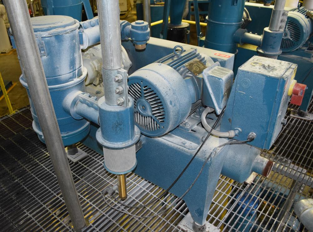 Lot 205 - Novatec Vacuum Loader