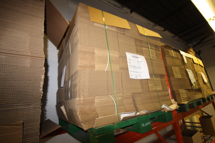 "Lot 19 - Skid lot of Packaging Boxes 16"" X 10"" X 10.5"" Approx 500 pcs"
