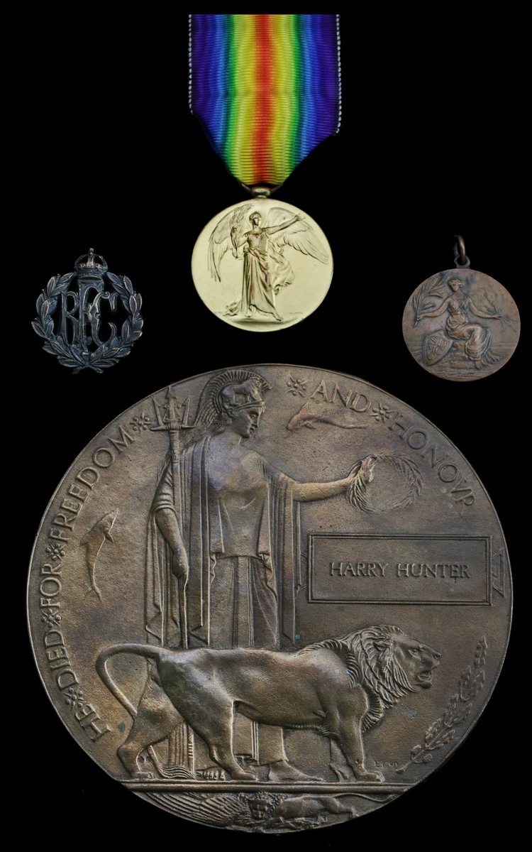 Lot 2 - Sold by Order of a Direct Descendant Family group: The Great War Memorial Plaque issued in re...