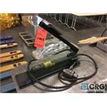 Simplex port-o-power, 2850 PSI max pressure
