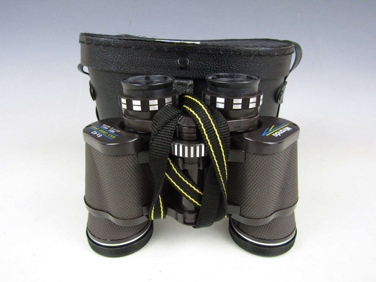 Lot 48 - A cased pair of Miranda 8 x 40 binoculars