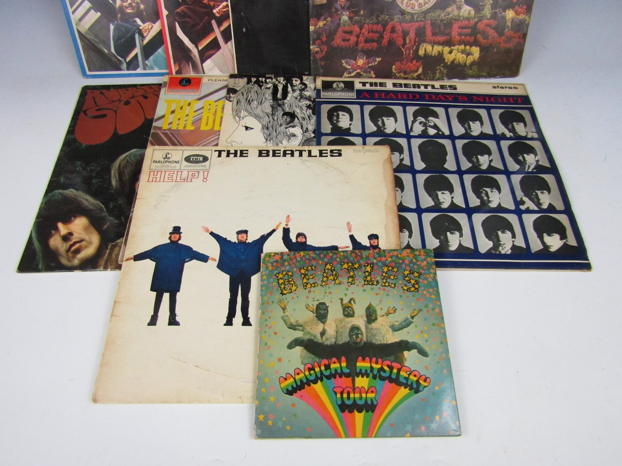 Lot 43 - A collection of vintage The Beatles Parlophone records / LP's, including Help! PMC 1255, A Hard