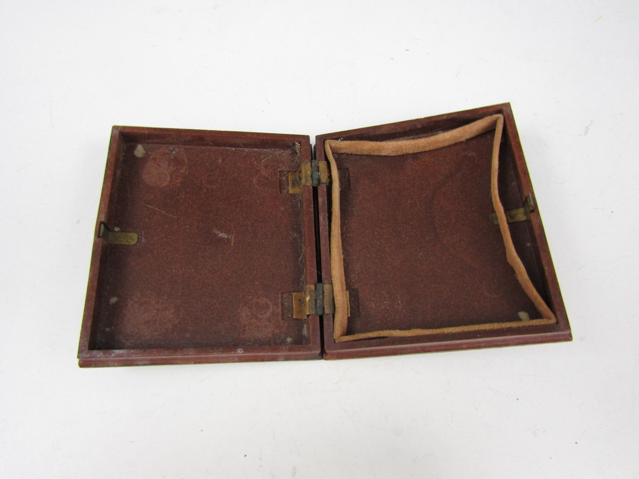 Lot 51 - A Union type daguerreotype photo case
