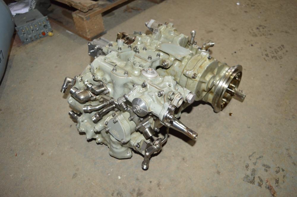 Tornado hydraulic pump - Image 2 of 4