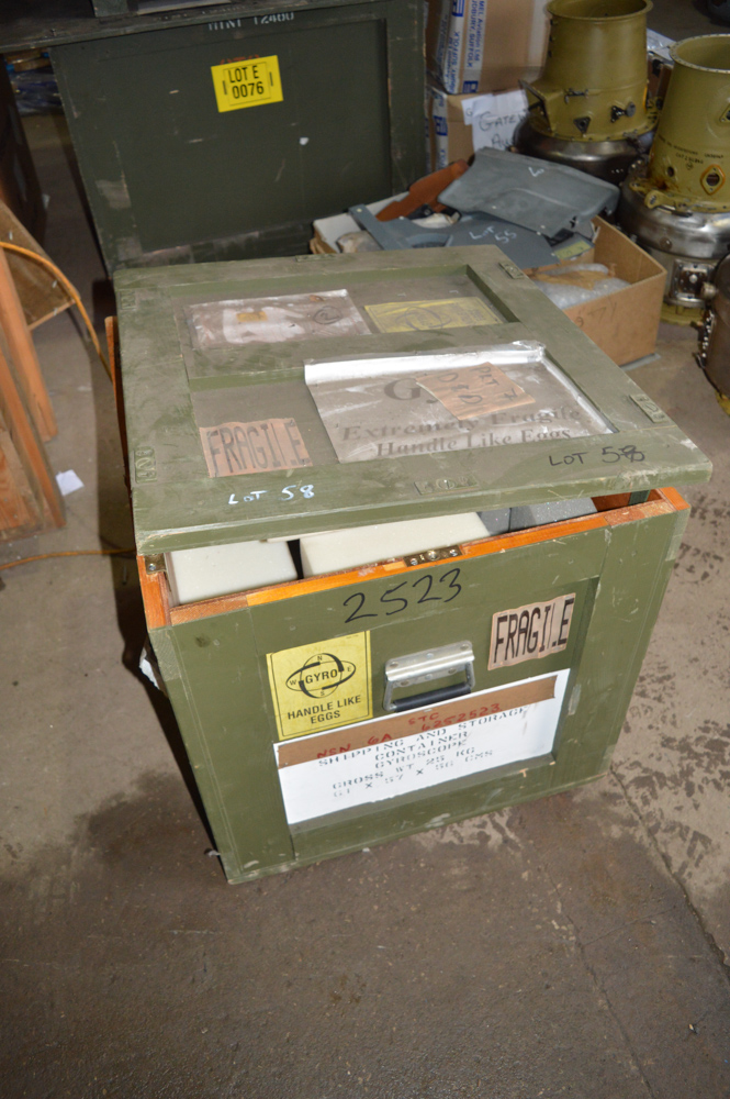 Wooden packing crate 610mm x 560mm x 560mm tall