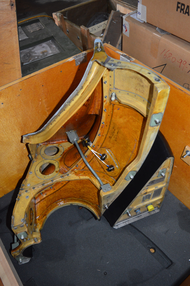 Lynx helicopter intake panel c/w wooden packing crate 850mm x 850mm x 700mm tall - Image 2 of 2