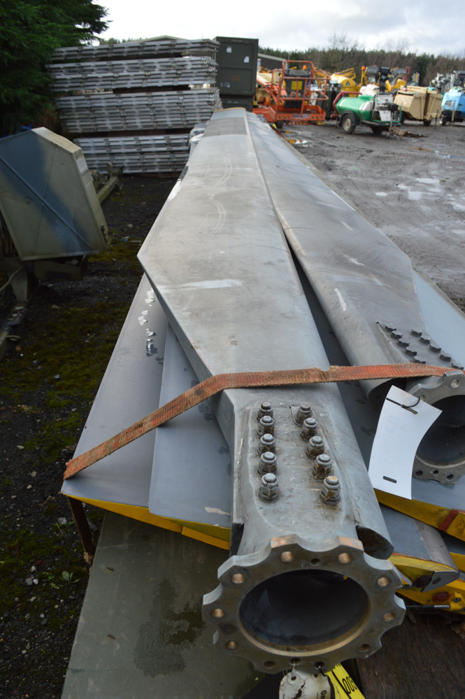 Lot 86 - Sea King helicopter main rotor blade