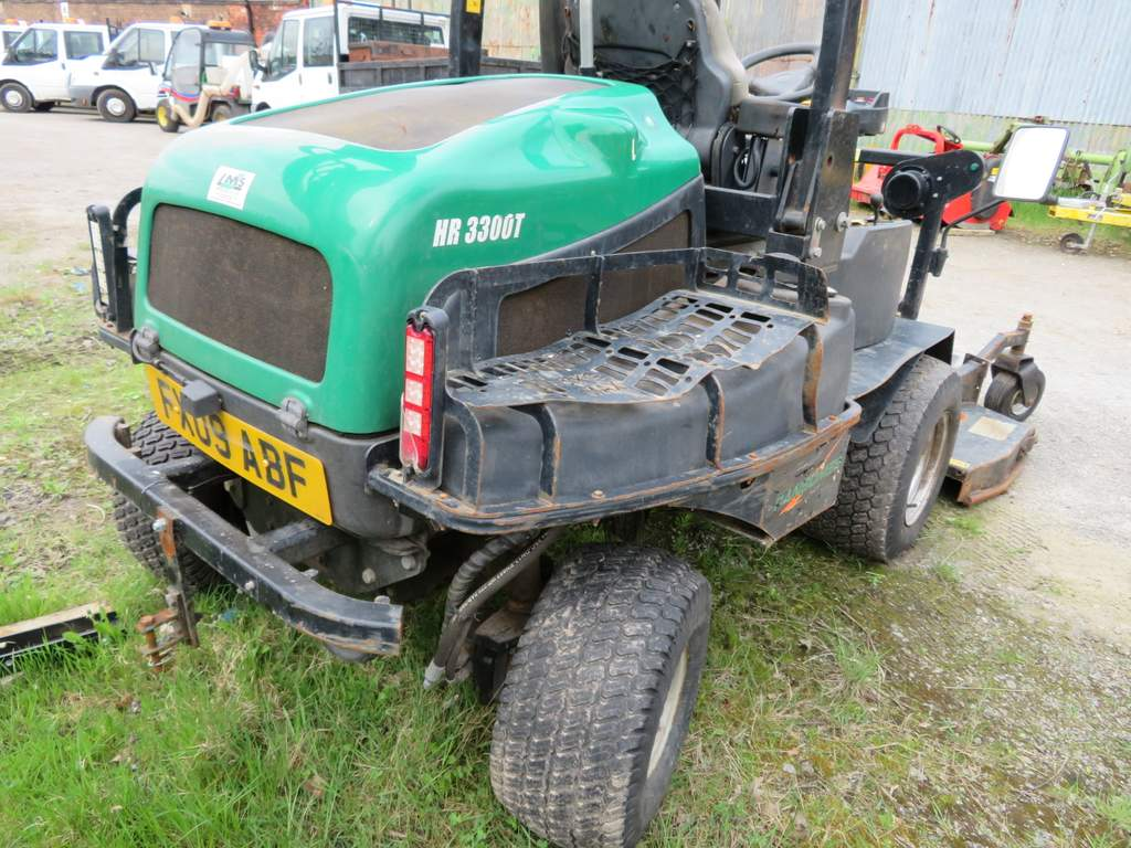 Lot 6 - 2009 Ransomes HR 3300T Out Front Cutting Deck Mower - FX09 ABF