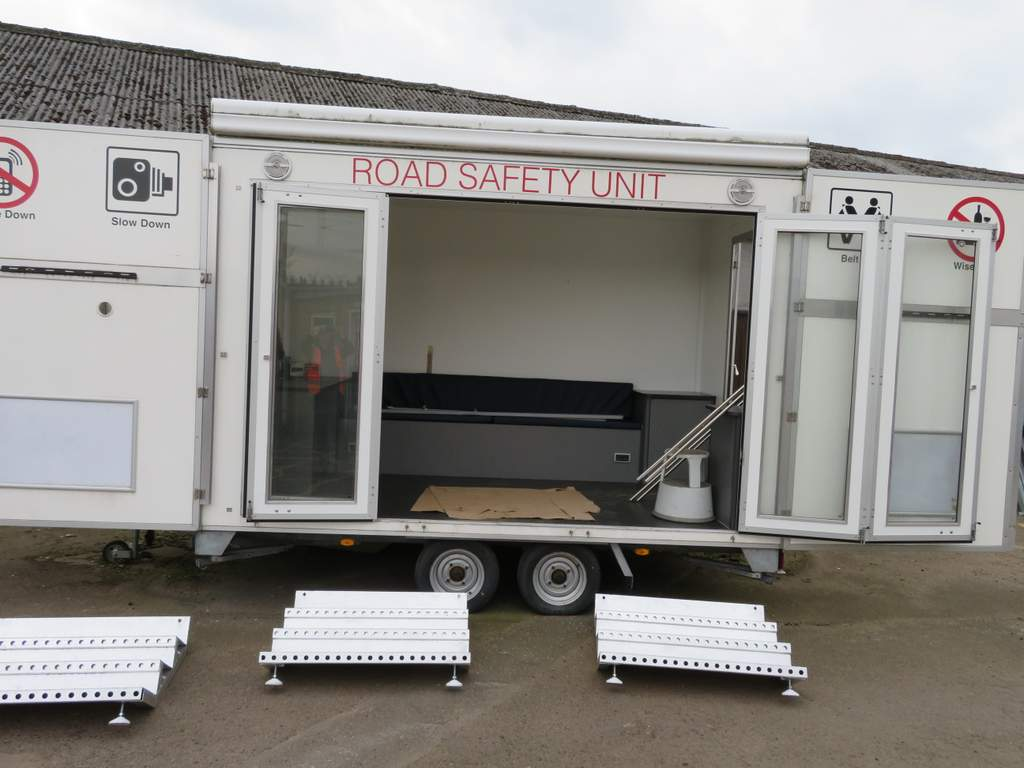 Lot 9 - Tow Master Exhibition Trailer