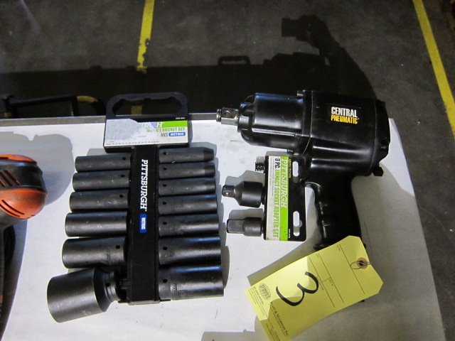 "Lot 3 - PNEUMATIC IMPACT WRENCH, CENTRAL PNEUMATIC 3/4"", w/sockets"