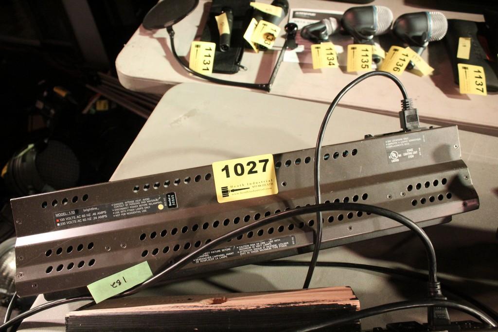 BRIGHTLINE MODEL 1.1D 10 AMP STAGE LIGHT SERIES 1 DMX LIGHT
