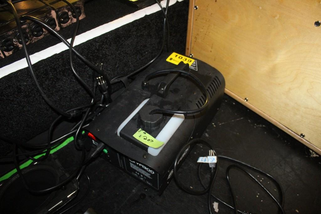 Lot 1039 - AMERICAN DJ VFI 3000 FOG MACHINE