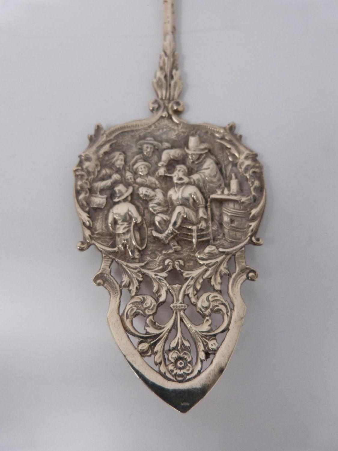 A mixed lot of silver and gold jewellery and a white metal spoon. (234g). - Image 3 of 12