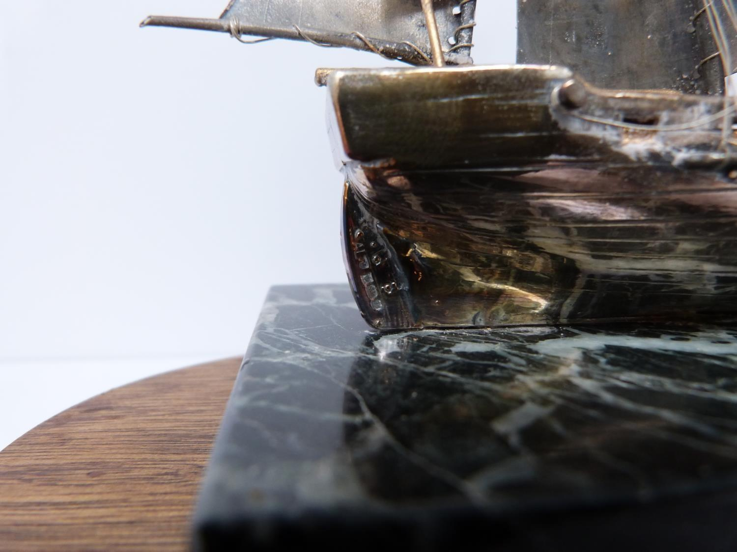 A silver model of the HMS Beagle 1831 in presentation case, 574/1000, mounted on alabaster base, A - Image 6 of 6