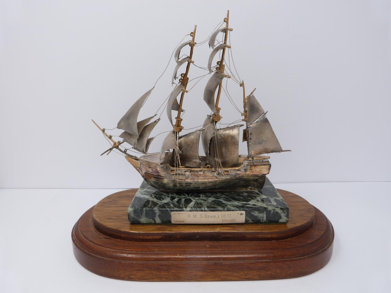 A silver model of the HMS Beagle 1831 in presentation case, 574/1000, mounted on alabaster base, A - Image 2 of 6