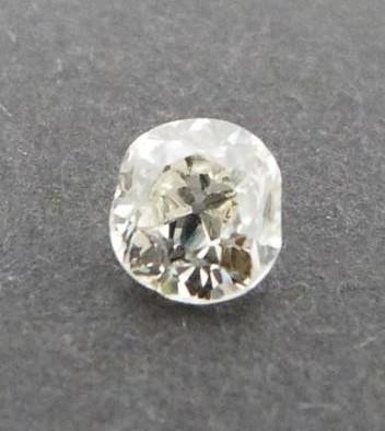 A Cushion shape loose old mine diamond, tinted SI, approx 0.54 cts - Image 4 of 5