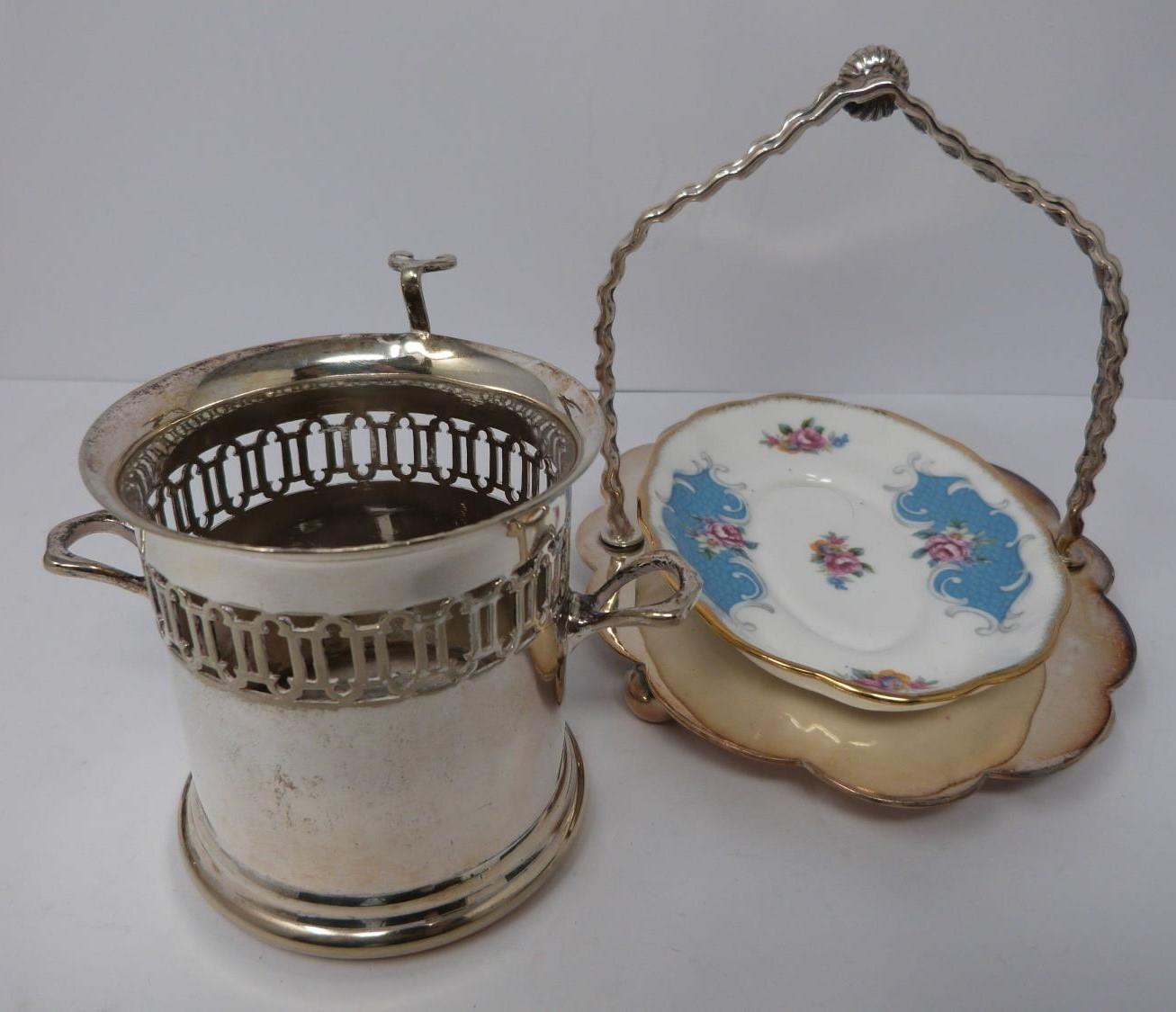 A collection of silver plate, including a white metal Oriental man and a bull, boot toothpick - Image 3 of 4