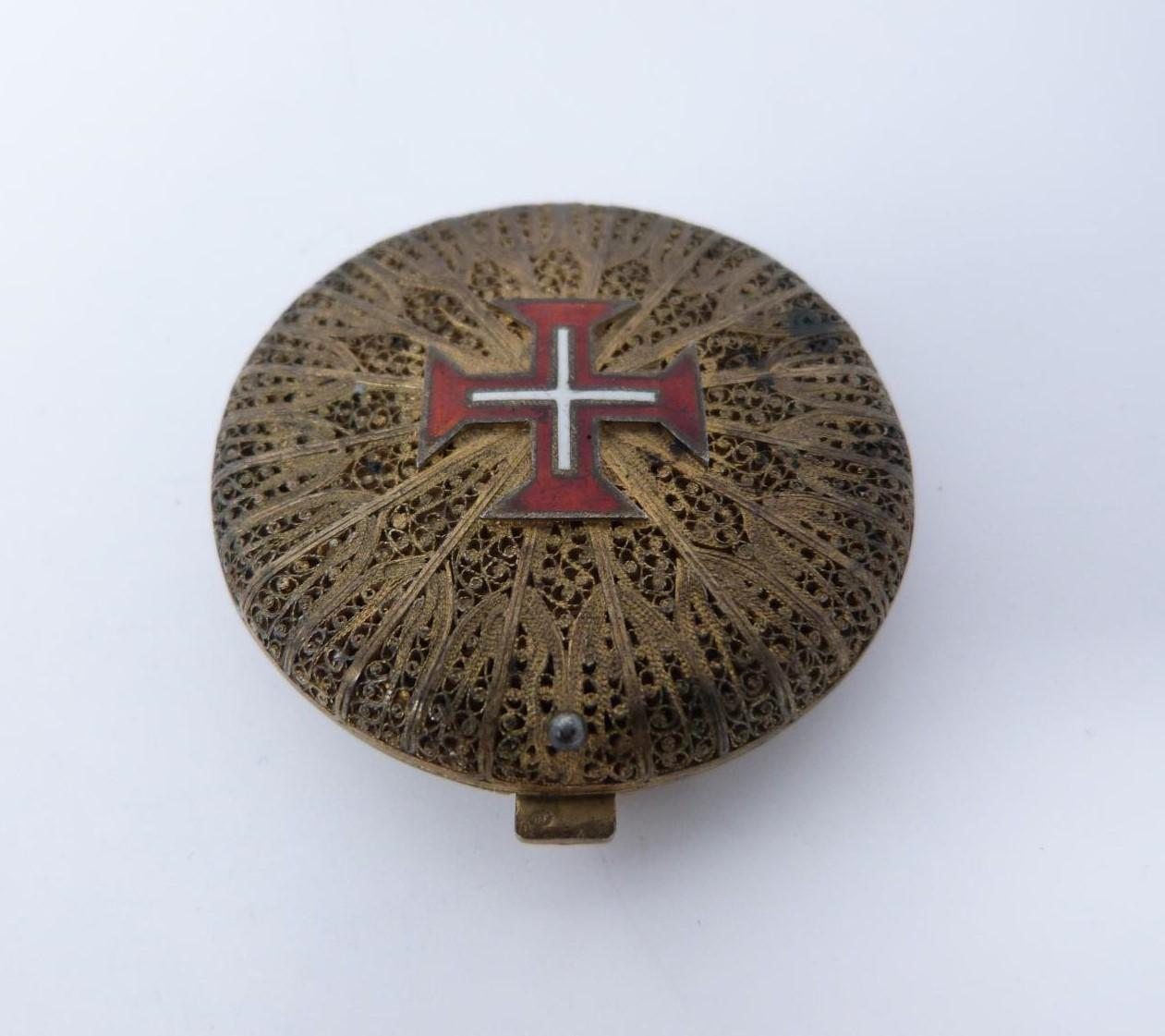 A Portuguese silver gilt filigree and enamel compact, red and white enamel cross on front,