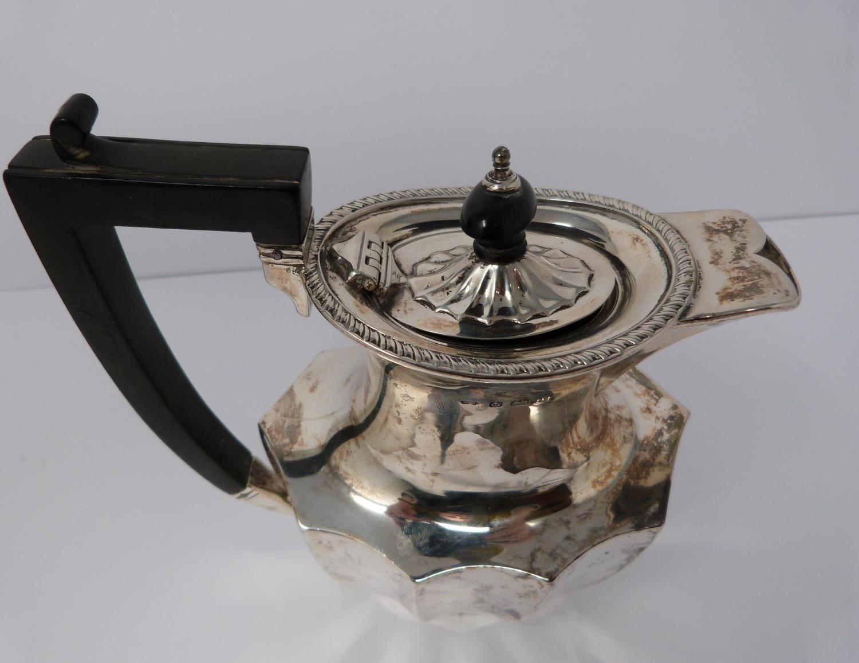 A 3 piece silver service; coffee pot, water jug and large tea pot, coffee pots William Devenport, - Image 7 of 11