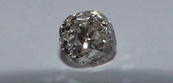 Loose cushion old mine diamond, J, SI, approx 0.5 cts, slight chip to the side. - Image 6 of 6